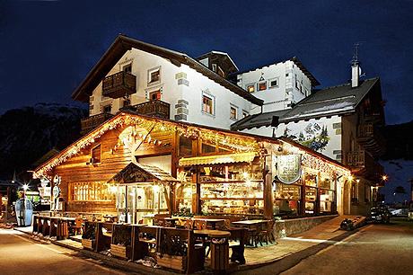 Immagine dell hotel bivio a livigno for Hotel 4 stelle barcellona centro